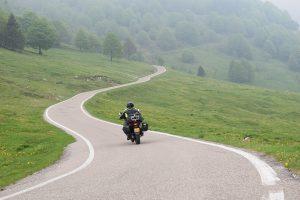 motor rijden Italie achterland asfalt Suzuki dl650 vstrom